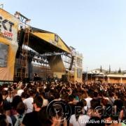 rocking_crowd1